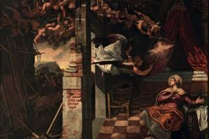 In questa possente Annunciazione, Tintoretto colloca l'episodio sacro in un ambiente descritto con grande realismo, che accentua per converso l'intensità visionaria dell'improvvisa apparizione dell'arcangelo annunciante, accompagnato da una schiera di angioletti, conclusa sopra il capo della Vergine dalla colomba dello Spirito Santo.