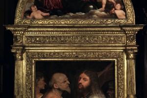 Cristo Portacroce con lunetta sovrastante